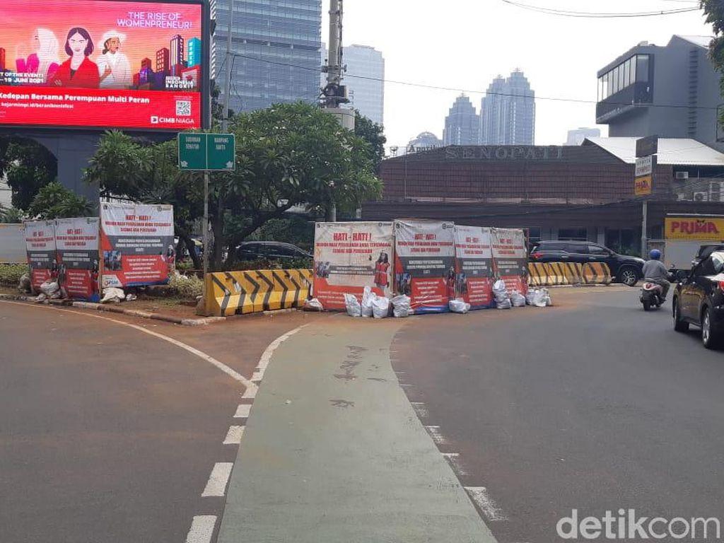 Galian Manhole Mulai Merambah Jl Senopati Jaksel