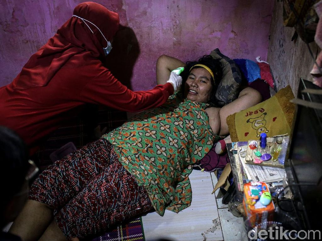 Foto: Giliran ODGJ di Tangerang Divaksin Corona