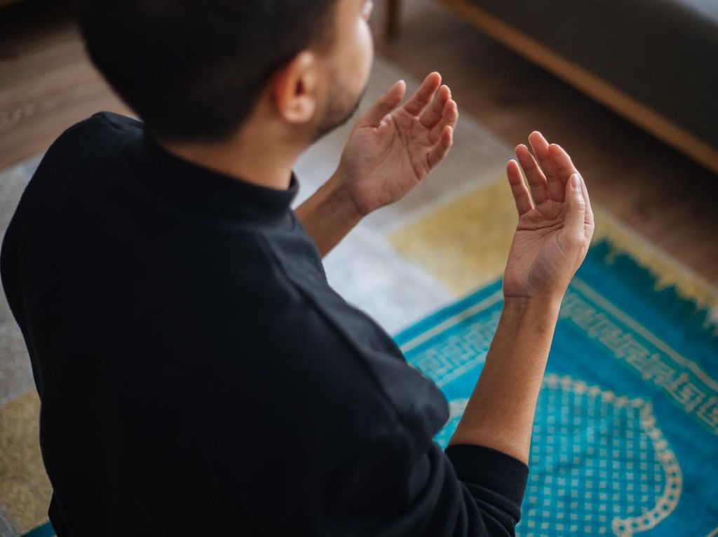 Tentang Sikap Doa pada Gerakan Pendinginan: Gambar dan Penjelasannya