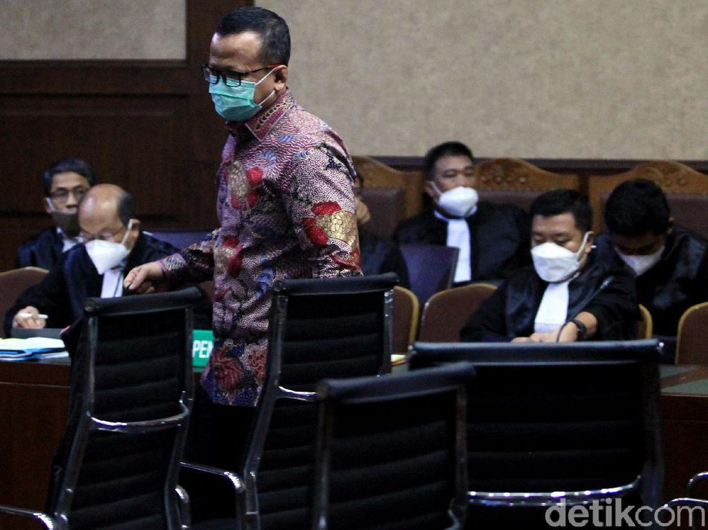 Edhy Prabowo Sedih Divonis 5 Tahun Bui