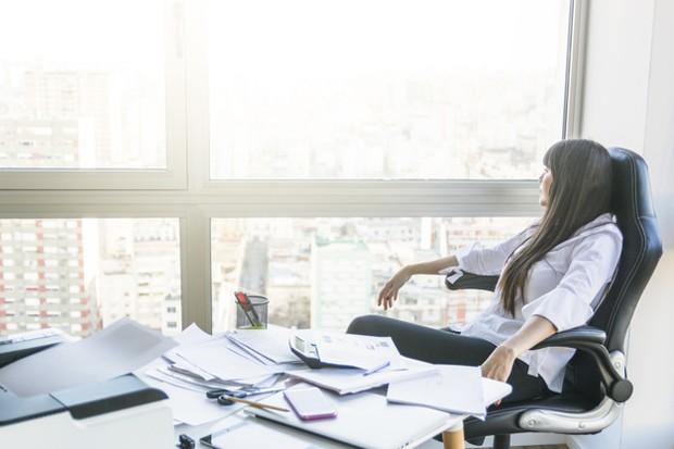 Jangan menunda pekerjaan, karena hal tersebut bisa membuat seseorang tambah malas.