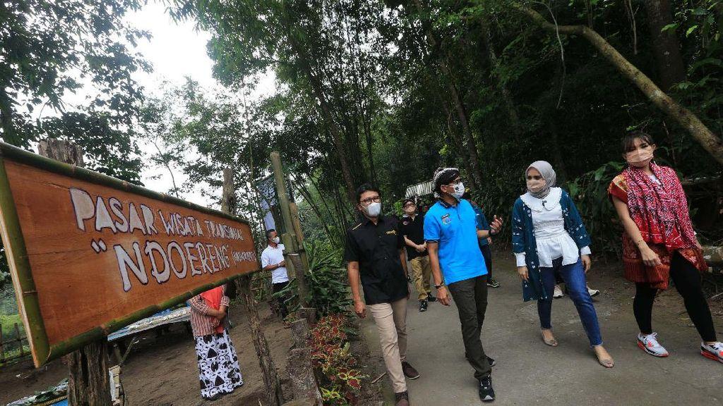 Momen Sandiaga Kunjungi Desa Wisata Pentingsari