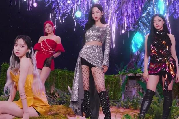 Lagu Kpop yang dilarang didengar selanjutnya yaitu Next Level