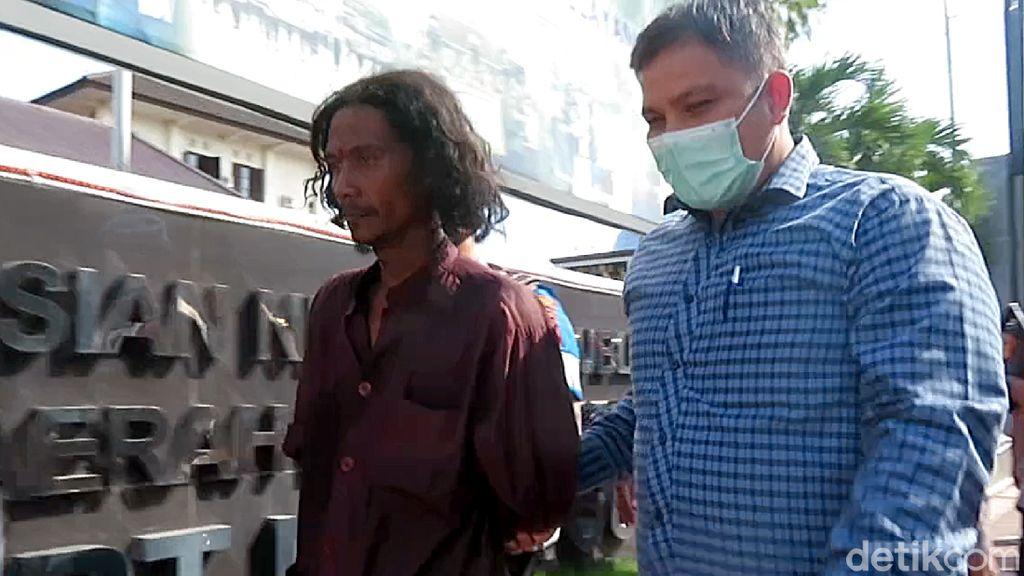 Penampakan Pria Bergolok yang Ngamuk di Mapolresta Yogyakarta