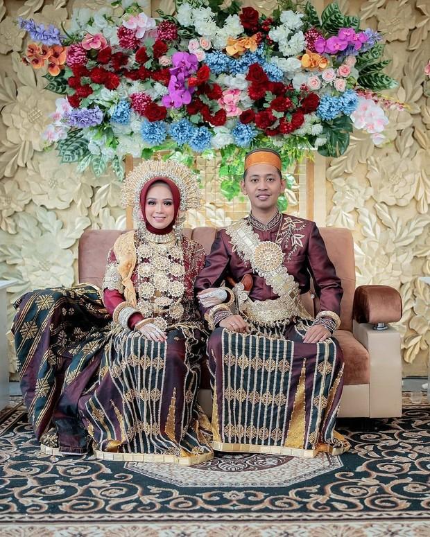 Pernikahan Adat Bugis, Sulawesi Selatan/Instagram.com/bugis.wedding