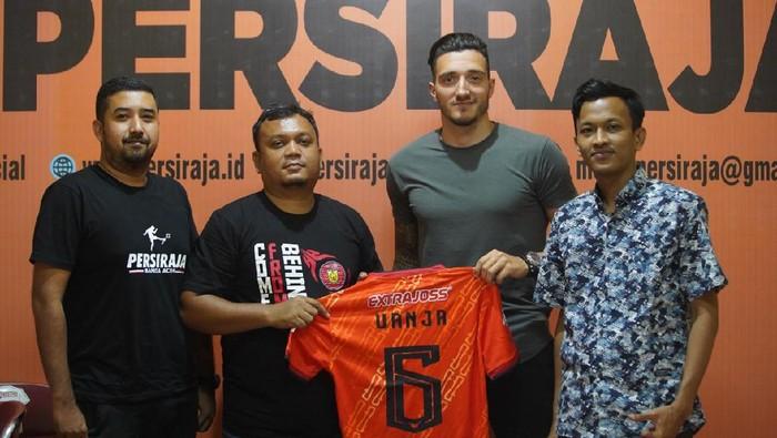 Persiraja Banda Aceh mengikat 3 pemain asing menatap Liga 1.