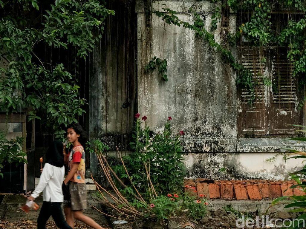 Potret Rumah Tua Peninggalan Belanda yang Tersembunyi di Tangsel
