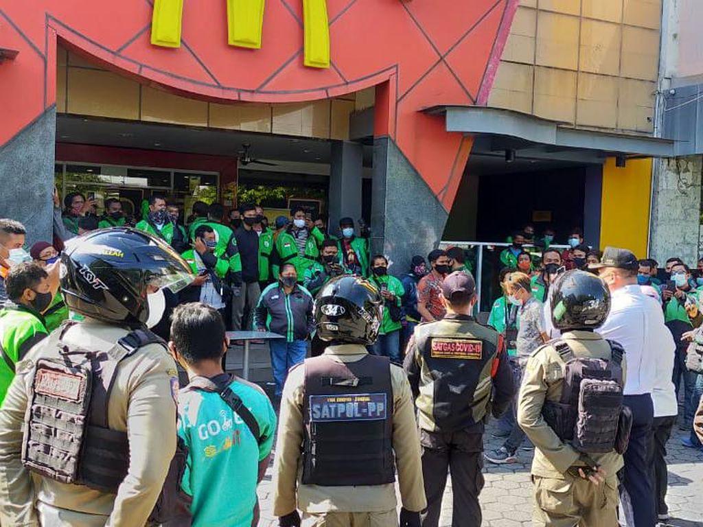 Pembelian BTS Meal di McD Surabaya Diawasi, Gerai Ditutup Jika Ada Kerumunan