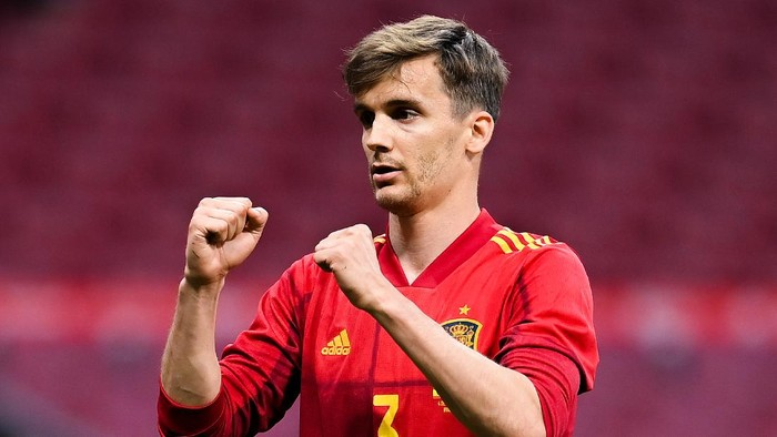 MADRID, SPAIN - JUNE 04: Diego Llorente of Spain reacts during the international friendly match between Spain and Portugal at Wanda Metropolitano stadium on June 04, 2021 in Madrid, Spain. (Photo by David Ramos/Getty Images)