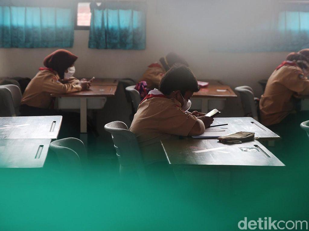Daftar 610 Sekolah di Jakarta yang Mulai Sekolah Tatap Muka 30 Agustus