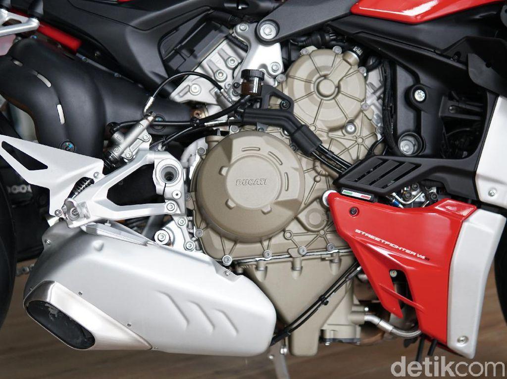 Ngomongin Aneka Knalpot Ducati Streetfighter V4S yang Bikin Pening