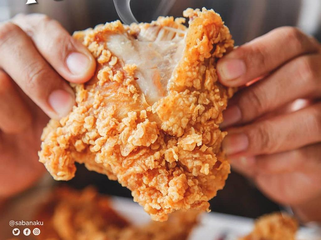 5 Fried Chicken Kaki Lima yang Enak dan Murah