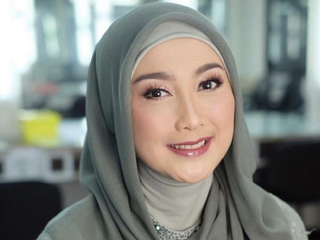 Curhat Desy Ratnasari Sempat Lepas Pasang Hijab Hingga Akhirnya Istiqomah