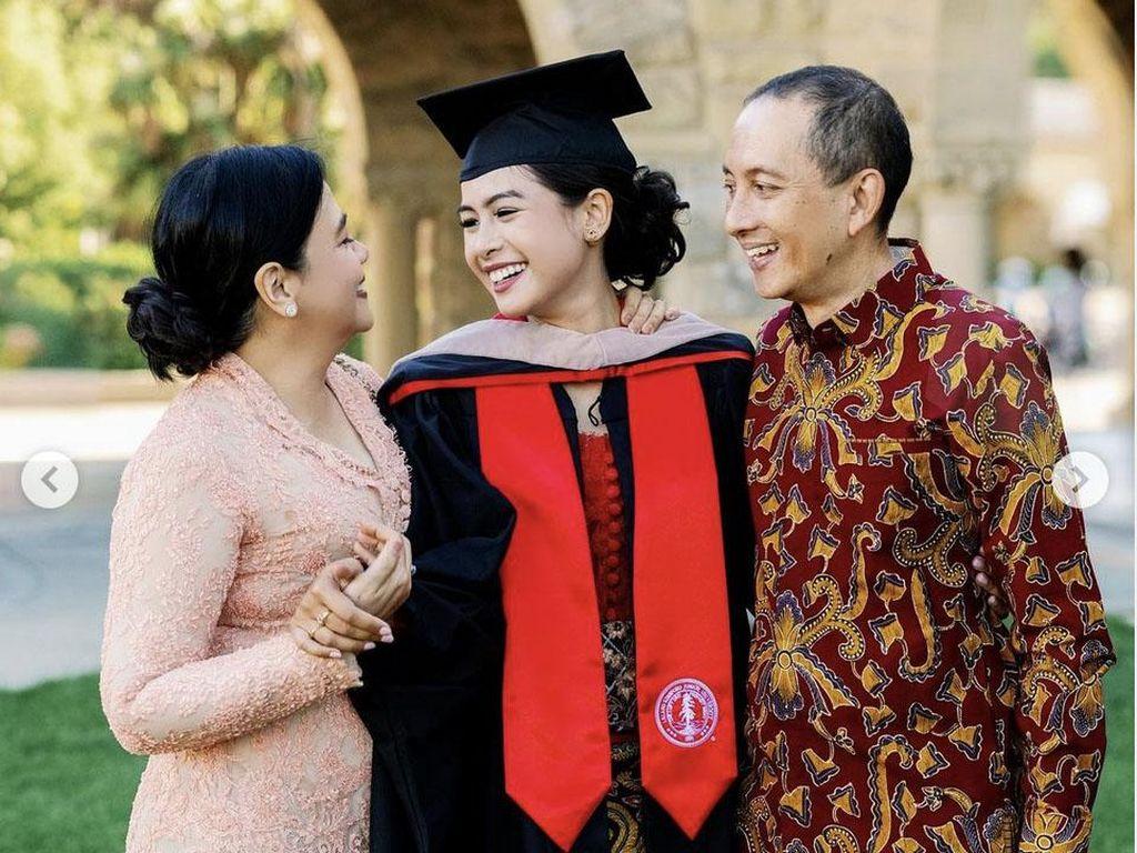 Maudy Ayunda Lulus S2 di Stanford University, Cara Didik Ibunda Kembali Dipuji