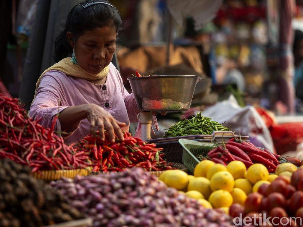 Pedagang Pasar Ngaku Tak Dapat Bantuan Pemerintah di Masa PPKM Darurat