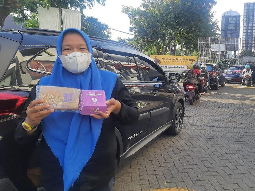 Cerita Army Surabaya Rela Antre Drive Thru Berjam-jam Demi BTS Meal
