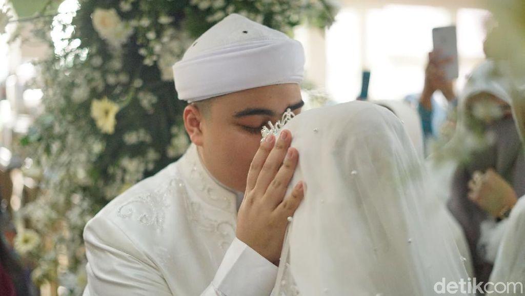 Halal! Ciuman Pertama Ameer Azzikra ke Nadzira Shafa