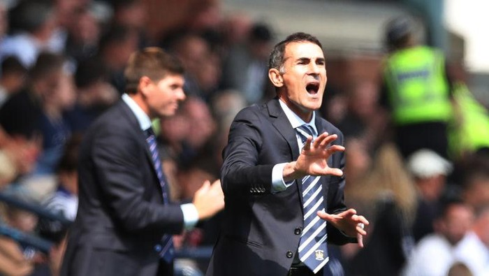 KILMARNOCK, SCOTLAND - AUGUST 04: Kilmarnock manager Angelo Alessio reacts during the Ladbrokes Premier League match between Kilmarnock and Rangers at Rugby Park on August 04, 2019 in Kilmarnock, Scotland. (Photo by Ian MacNicol/Getty Images)