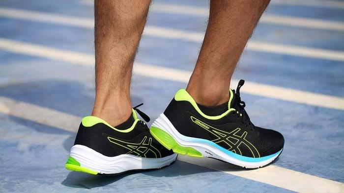 Tips mencari sepatu yang bisa jadi teman nyaman untuk melakukan olahraga harian (Foto: dok. ASICS)