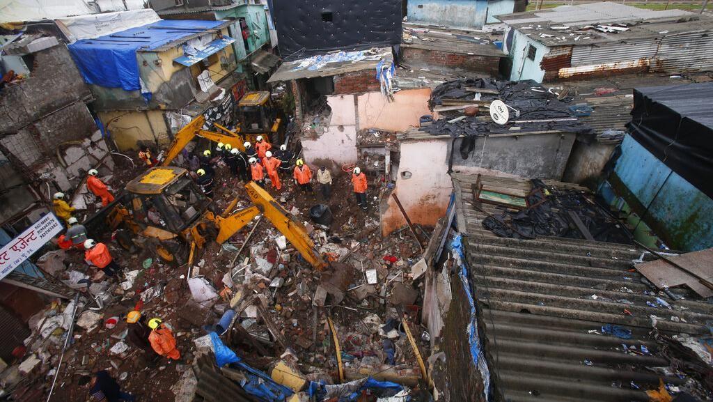 Banjir Hingga Bangunan Runtuh Gegara Hujan Lebat di India