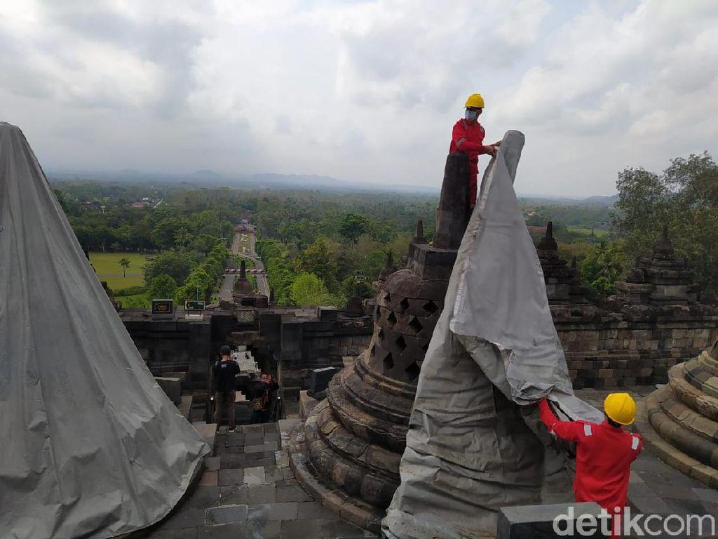 Pasca Erupsi Merapi, Terpal Penutup Borobudur Dibuka Kembali