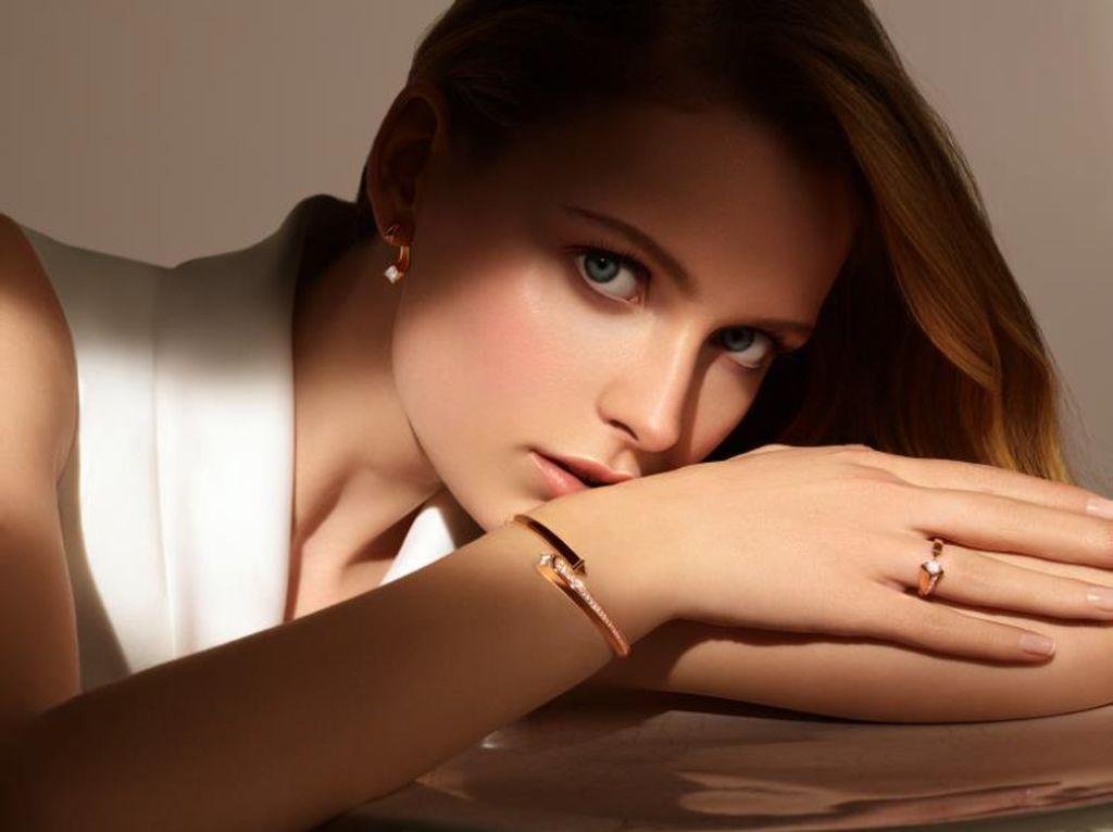 Forevermark Luncurkan Koleksi Perhiasan Terbaru Forevermark Avaanti™