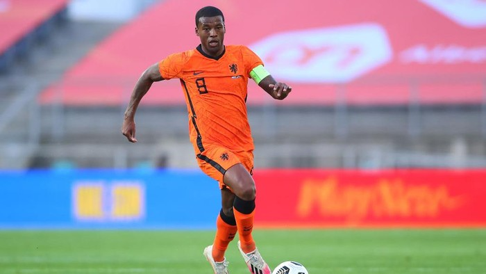 FARO, PORTUGAL - JUNE 02: Georginio Wijnaldum of Netherlands in action during the international friendly match between Netherlands and Scotland at Estadio Algarve on June 02, 2021 in Faro, Portugal. (Photo by Fran Santiago/Getty Images)