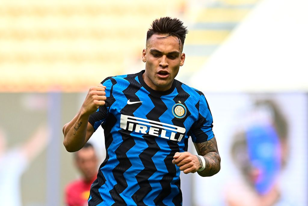 MILAN, ITALY - MAY 23: Lautaro Martinez of FC Internazionale celebrates after scoring their side's third goal during the Serie A match between FC Internazionale Milano and Udinese Calcio at Stadio Giuseppe Meazza on May 23, 2021 in Milan, Italy. A limited number of fans will be allowed into Premier League stadiums as Coronavirus restrictions begin to ease in Italy. (Photo by Mattia Ozbot/Getty Images)