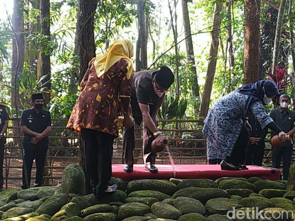 Melihat Tradisi Ziarah Para Pejabat Ciamis ke Makam Bupati Galuh