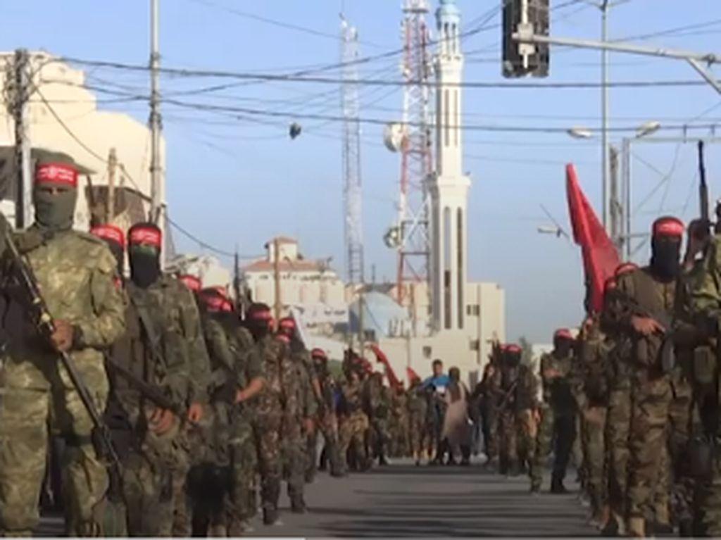 Militan Palestina Unjuk Kekuatan Militer di Gaza