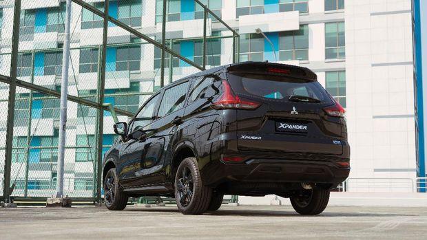Mitsubishi Xpander Rockford Fosgate Black Edition. dok. MMKSI