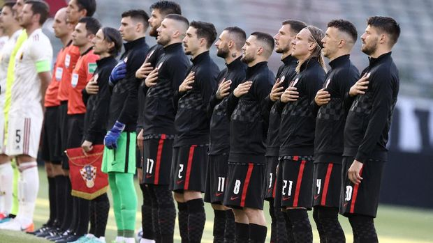 Croatia's players line up before the international friendly football match between Belgium and Croatia at the King Baudouin Stadium in Brussels on June 6, 2021, ahead of the EURO 2020/2021 tournament. (Photo by Kenzo TRIBOUILLARD / AFP)