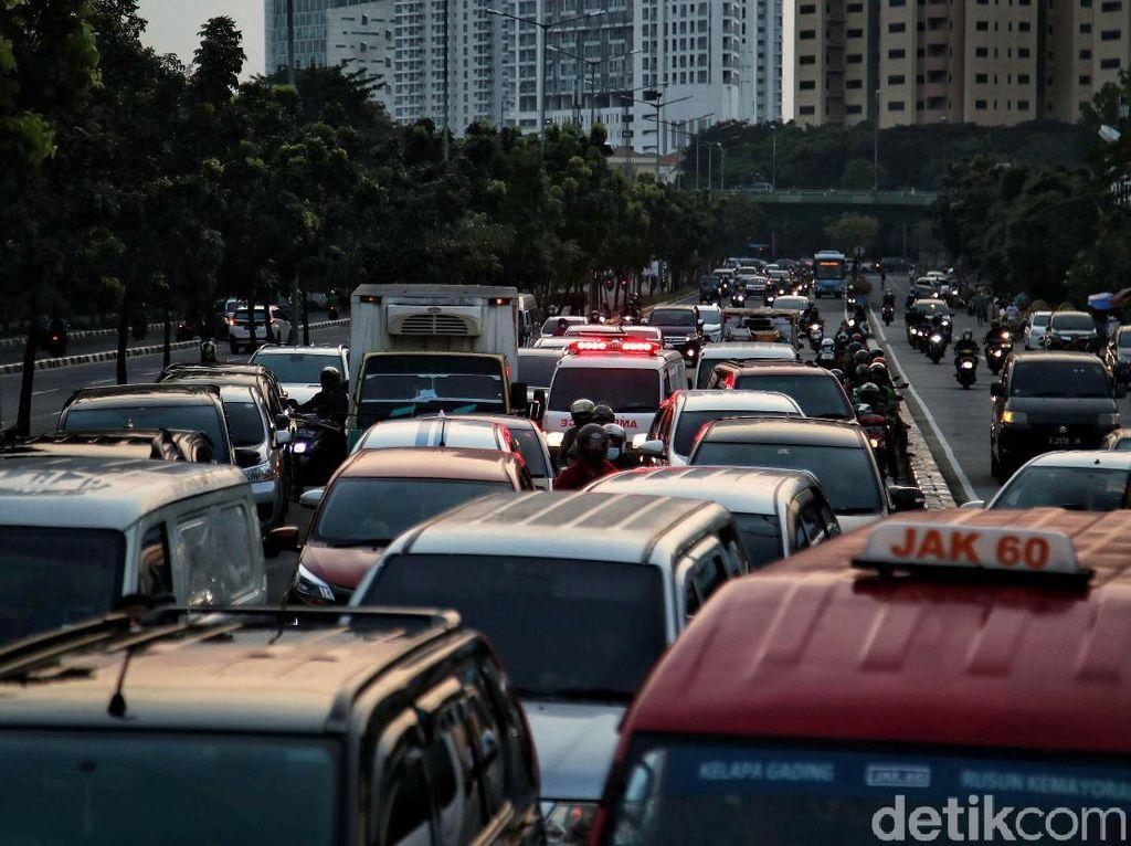 Berlaku 16 Oktober, Ini Mobil-mobil yang Dibebaskan Bayar Pajak