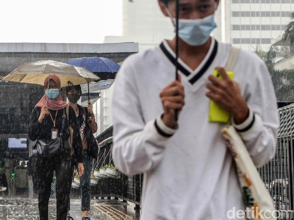 BMKG: Masa Udara Kering Mendominasi Wilayah Selatan Indonesia