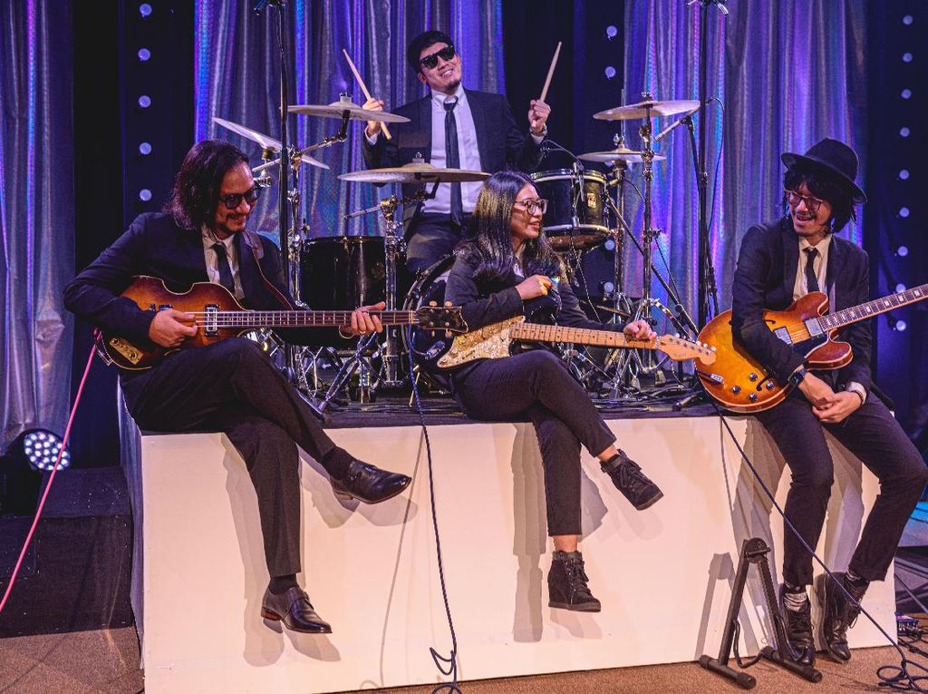 Aksi Kocak Endah N Rhesa dan Vincent-Desta Buka A Virtual Music Celebration