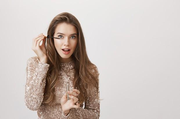 Wajib Tahu! Inilah 5 Tips Makeup untuk Penggunakan Softlens