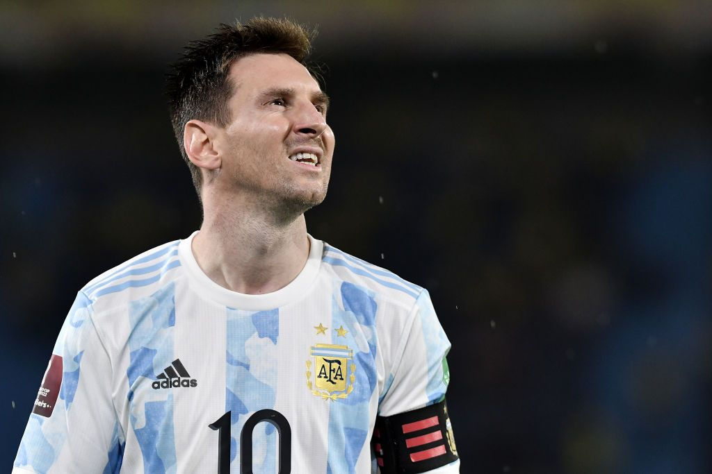 BARRANQUILLA, COLOMBIA - JUNE 08: Lionel Messi of Argentina before a match between Colombia and Argentina as part of South American Qualifiers for Qatar 2022 at Estadio Metropolitano on June 08, 2021 in Barranquilla, Colombia. (Photo by Gabriel Aponte/Getty Images)