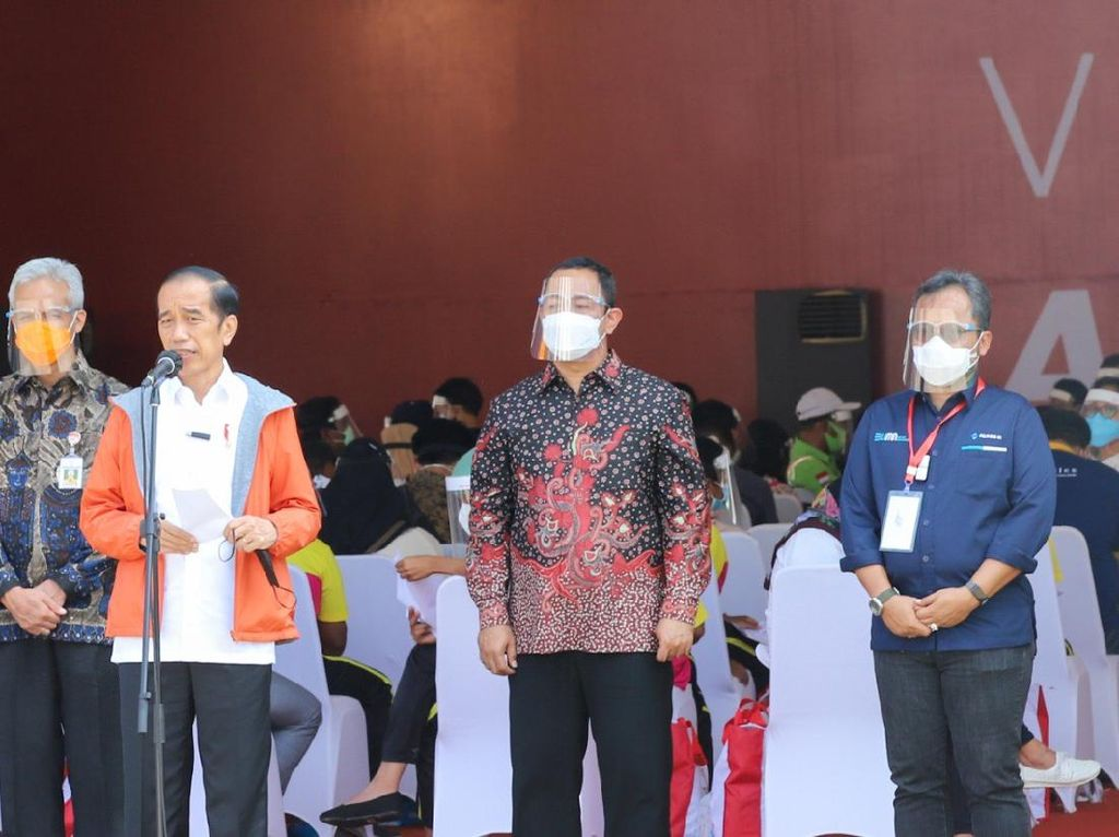 4.000 Dosis Vaksin Diberikan ke Pekerja Pelabuhan Tanjung Emas