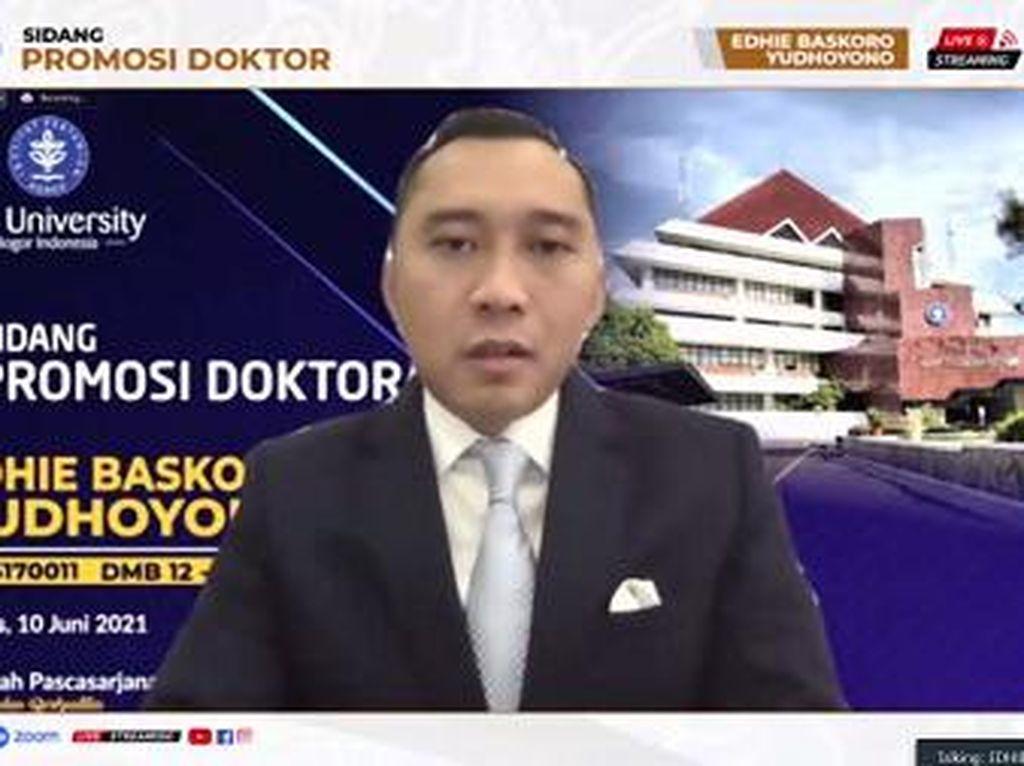 Teliti Pariwisata Labuan Bajo, Ibas Yudhoyono Raih Gelar Doktor dari IPB