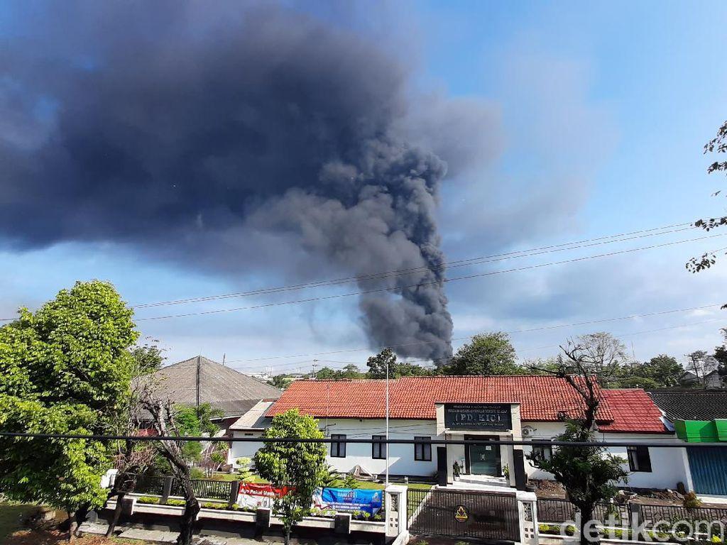 Munculnya Titik Api Baru di Kilang Pertamina Cilacap dan Air Sumur Menghitam