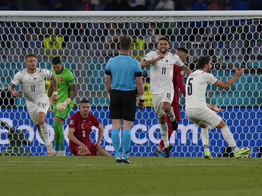 Permainan Cepat Italia Bikin Turki Lelah