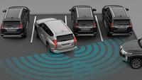 Mengenal Rear Cross Traffic Alert, Fungsi dan Cara Kerjanya