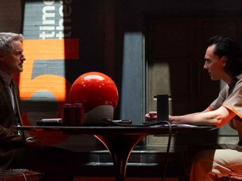 Sutradara Netflix Sekaligus Fans di Balik Series Loki