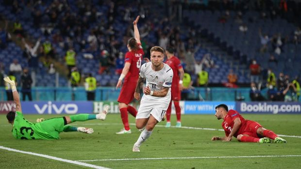 Soccer Football - Euro 2020 - Group A - Turkey v Italy - Stadio Olimpico, Rome, Italy - June 11, 2021 Italy's Ciro Immobile celebrates scoring their second goal Pool via REUTERS/Mike Hewitt