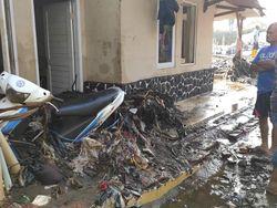 Tanggul Sungai Cisunggalah Solokan Jeruk Jebol, 159 Rumah Rusak