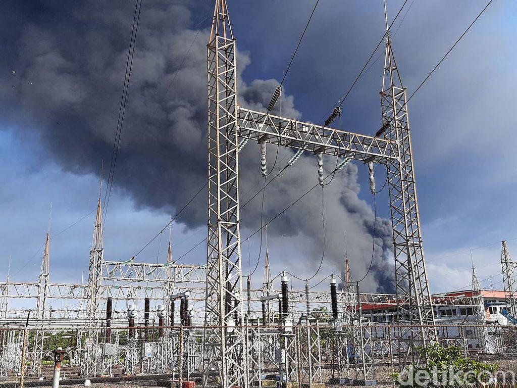 Janggal Kebakaran Kilang Pertamina: Berulang dan Sambaran Petir