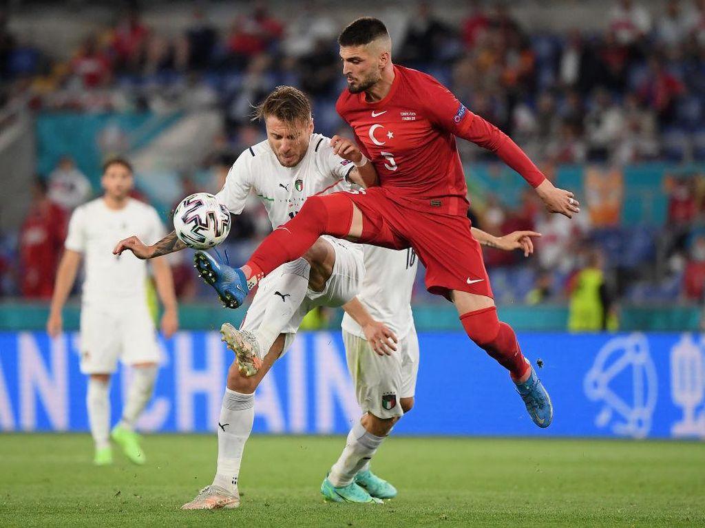 Euro 2020, Cappuccino, dan Pizza dalam If-nya Andritany Ardhiyasa