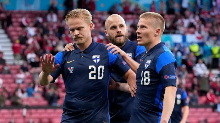 COPENHAGEN, DENMARK - JUNE 12: Joel Pohjanpalo of Finland celebrates after scoring their sides first goal during the UEFA Euro 2020 Championship Group B match between Denmark and Finland on June 12, 2021 in Copenhagen, Denmark. (Photo by Martin Meissner - Pool/Getty Images)