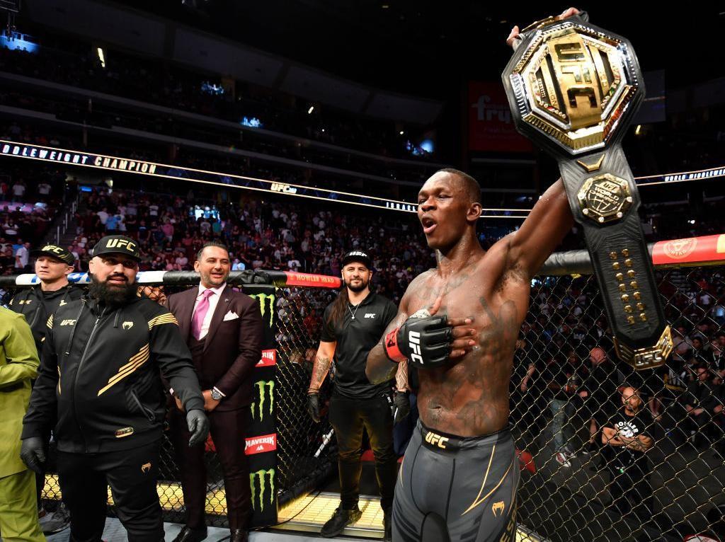 UFC 263: Israel Adesanya Pertahankan Gelar Kelas Menengah