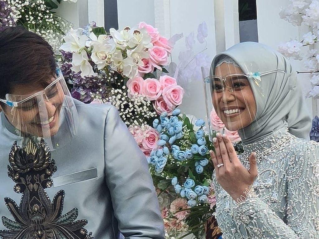 Pernikahan Terhalang PPKM, Rizky Billar Akui Belum Sebar Undangan